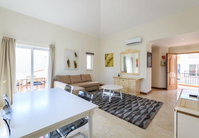 Apartamento em Quinta do Lago - T1 Salinas Country Club