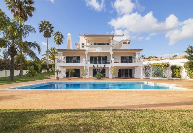 Villa em Almancil - Casa das Palmeiras